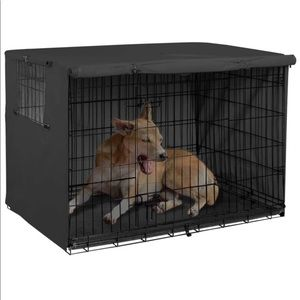 NWOT Explore Land Dog Crate Cover